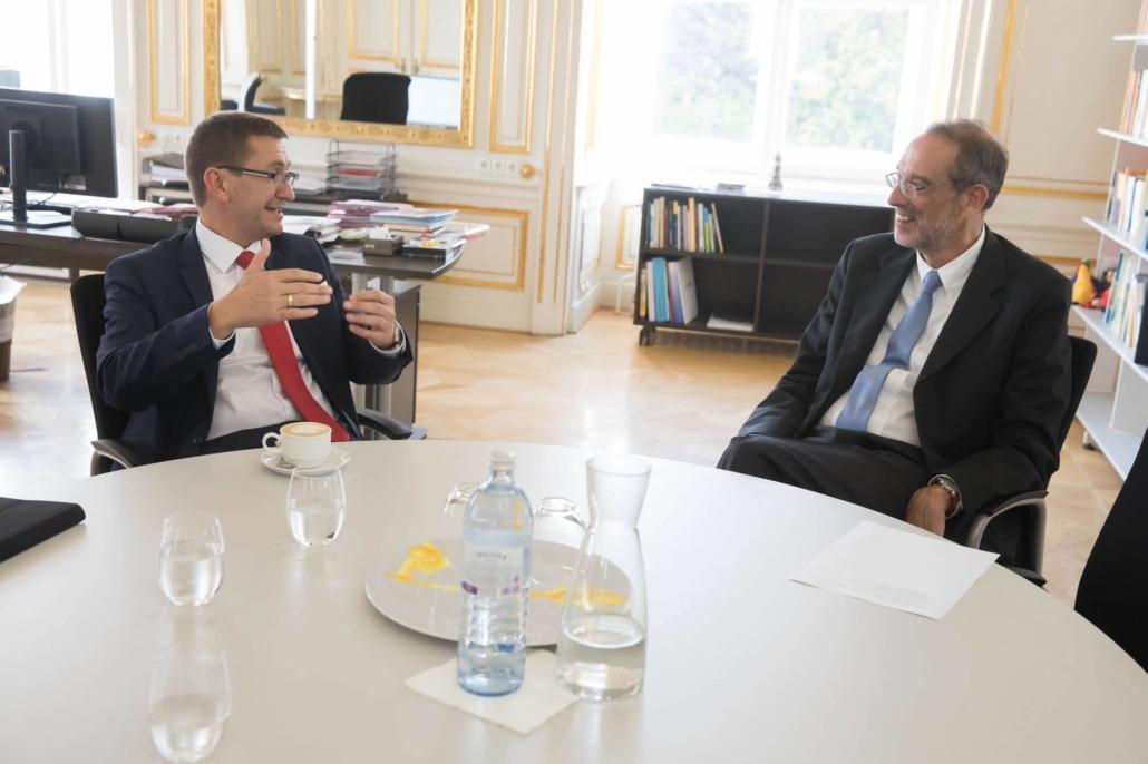 Wirtschafts-Landesrat Markus Achleitner mit Univ.-Prof. Dr. Heinz Faßmann, Bundesminister für Bildung, Wissenschaft und Forschung